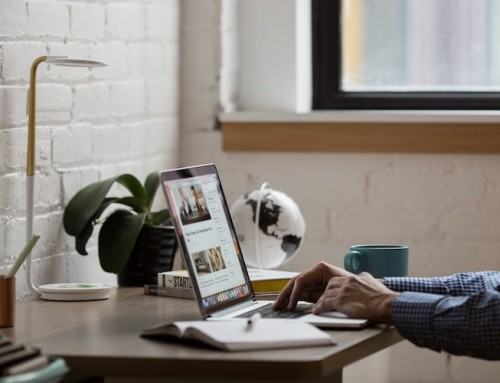 Should IT contractors have their own website?